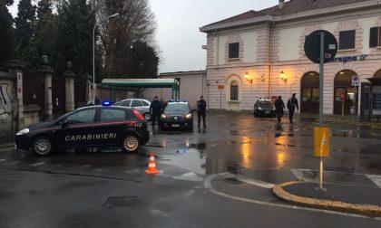 Controlli dei Carabinieri in stazione a Seregno