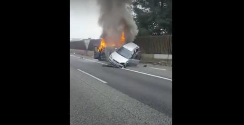 Scontro e incendio in A8, due passeggeri salvati dai Carabinieri di Saronno