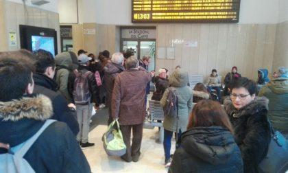 Treni Desio Monza circolazione ripartita dopo gli accertamenti