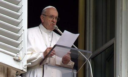 Notte di Natale, anche il Papa anticipa la Messa