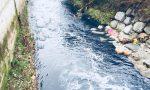 Il Seveso è blu sversati mille litri di colorante FOTO