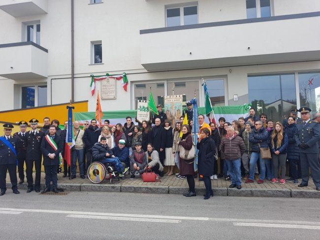 Targa all&#8217&#x3B;ex sindaco Barzaghi: cerimonia a Giussano