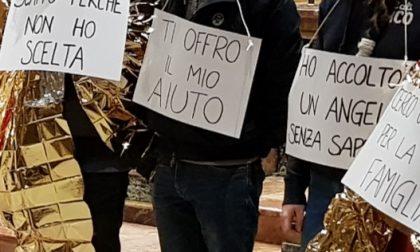 Via crucis nel segno dei migranti la replica della Lega