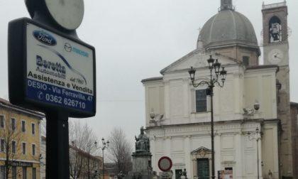 """L'orologio del campanile della Basilica non segna l'ora giusta, il prevosto: """"Ci sono problemi più urgenti"""""""