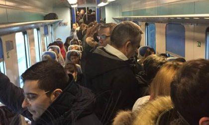 Pendolari Trenord furiosi: ogni mattina un calvario FOTO