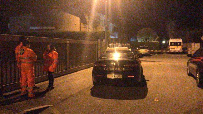Omicidio suicidio in casa nella notte a Paina di Giussano
