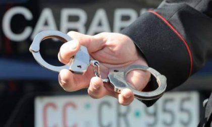 Ricettatori arrestati a bordo di un'auto rubata