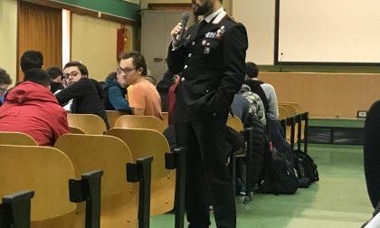 Il comandante dei carabinieri sale sul pulpito