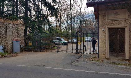 Code sulla Sp9 a villa Gernetto pendolari esasperati dalla potatura