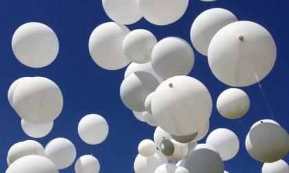 Centinaia di palloncini per ricordare i bambini vittime delle mafie