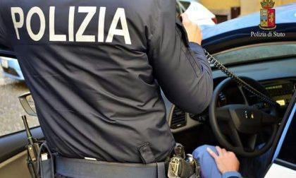 Tensione fuori dal supermercato: 38enne sputa in faccia a una guardia giurata
