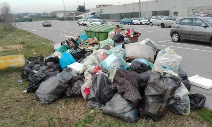 Il circo lascia in eredità una montagna di rifiuti