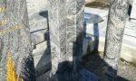 Tombe depredate delle statue di bronzo