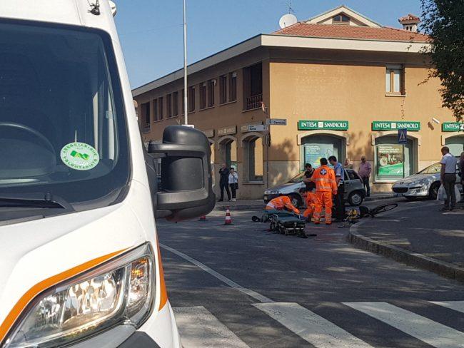 Ciclista investito a Giussano