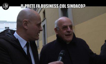 """Iene a Brugherio   La Iena al sindaco: """"Confrontiamoci in diretta"""""""