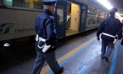 Fuoco sul treno, allarme in stazione