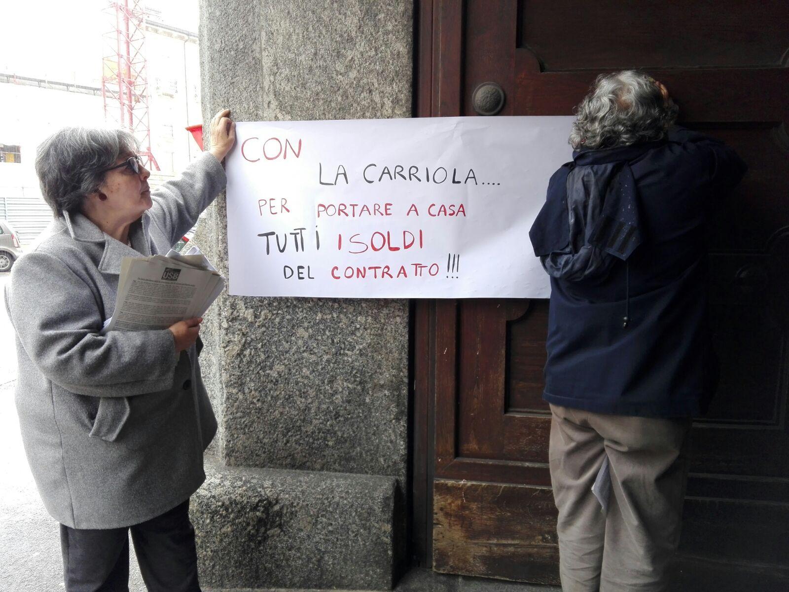 Lavoratori pubblici e contratti, la protesta dell'Unione sindacale