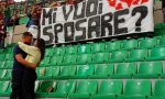 Limbiatese fa la proposta di matrimonio alla fidanzata prima di Milan-Fiorentina a San Siro