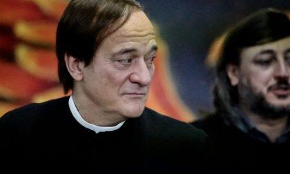 Claudio Bisio prete (per un giorno) in Martesana
