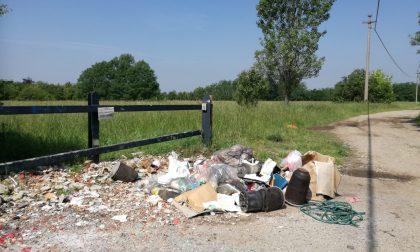 Scarica rifiuti a Pinzano viene indentificato e multato dalla Polizia locale