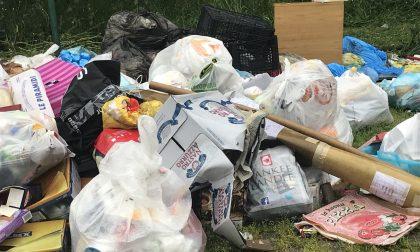 Emergenza rifiuti a Vimercate, il Codacons chiede telecamere