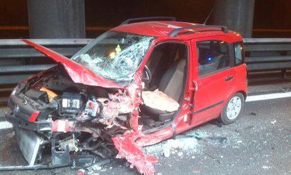In contromano in tangenziale Est fa un frontale: morto l'84enne alla guida