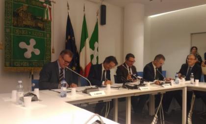 Regione Lombardia | firmato l'accordo per rilanciare il tema dell'autonomia VIDEO