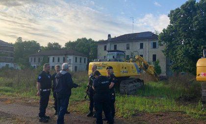Pugno duro contro i clandestini: sgomberata la ex Casa delle aste