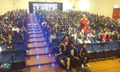 Omni, il ritorno del Poetry Slam: presenti 400 studenti