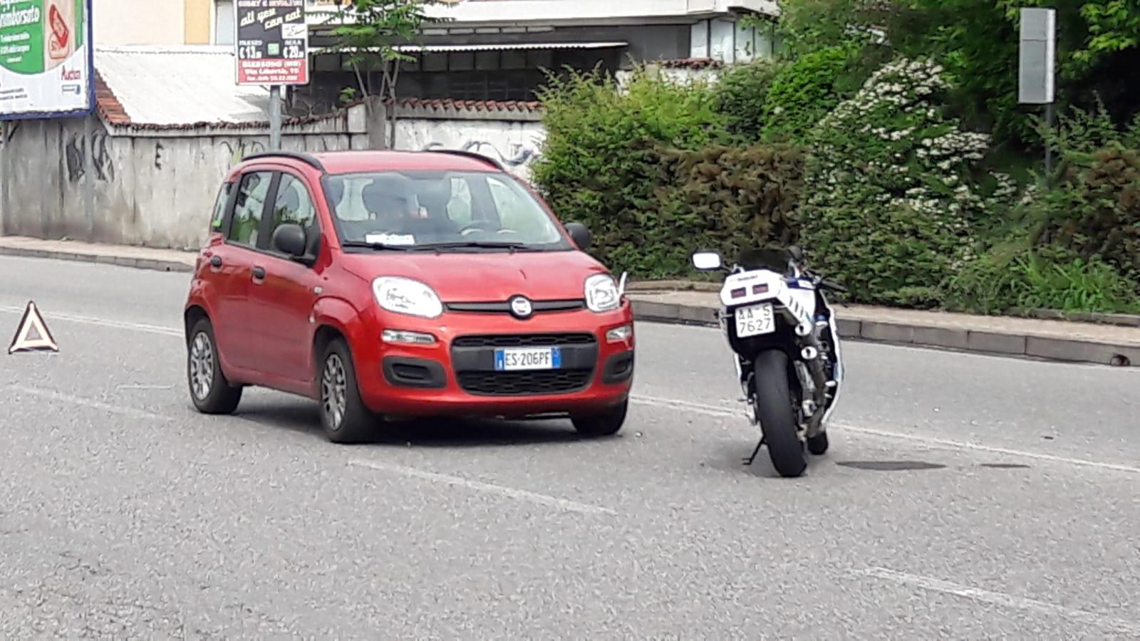 Incidente sulla Monza - Saronno, motociclista trasportato al San Gerardo
