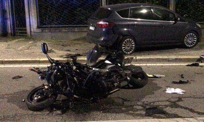 Incidente a Seveso: moto distrutta, 35enne gravissimo