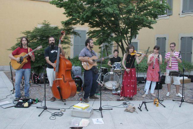 Musica e shopping per le vie di Arcore - Giornale di Monza