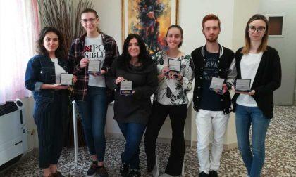 Monumento per don Beretta: premiati gli studenti del Modigliani