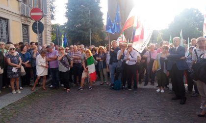 Presidio del Pd a sostegno del Presidente Mattarella