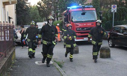 Anziano dimentica il pentolino sul fuoco e arrivano i pompieri