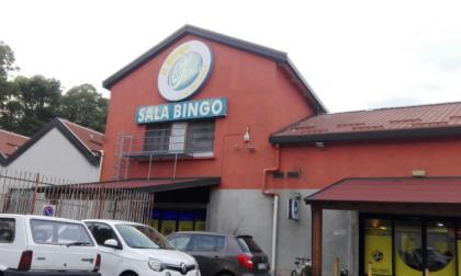 Armati di fucile rapinano la sala Bingo