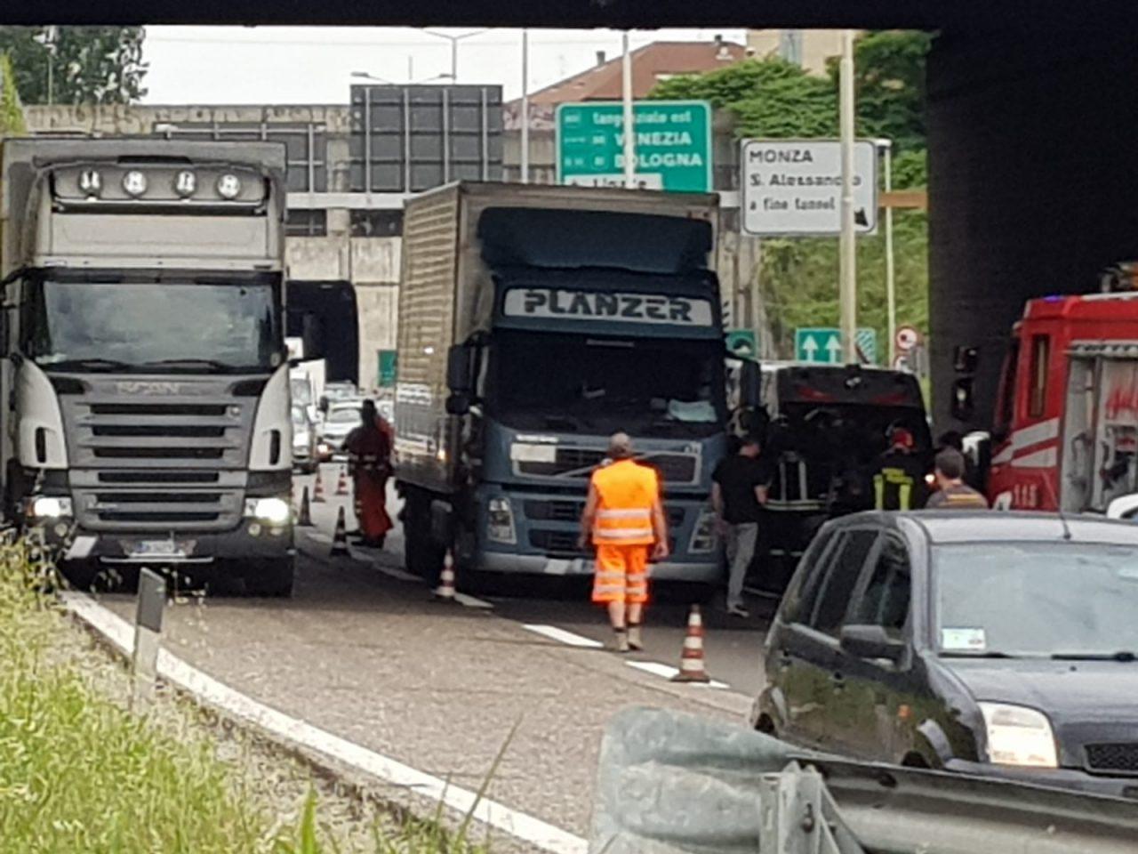 Monza, incidente Tangenziale Nord