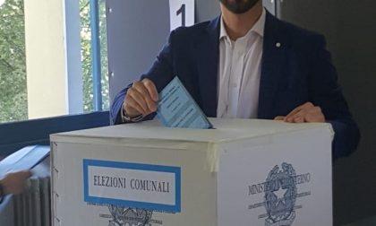 Elezioni comunali a Carate, Luca Veggian al seggio