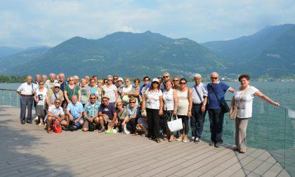 Una giornata sul lago d'Iseo per i nonni veduggesi