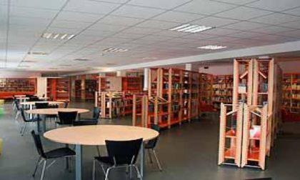 Estate, biblioteche aperte di sera?