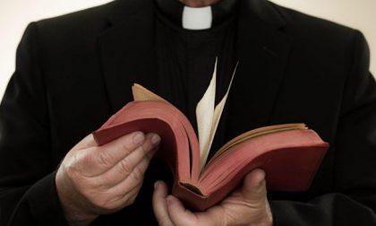 Ricatti a sfondo sessuale ai preti, giovani vimercatesi a processo
