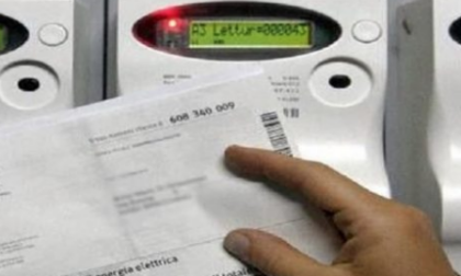Caro elettricità, Confcommercio Lombardia lancia l'allarme: rischio stangata da 1 miliardo e mezzo