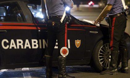 Assembramento di giovani in piazza Italia a Seregno: intervengono i Carabinieri