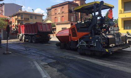 Mezzo milione di euro per asfaltare le strade