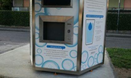 Case dell'acqua: continua l'erogazione gratuita, ma per prelevare serve la tessera