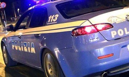 Giovane derubato in stazione a Monza: in due finiscono in carcere