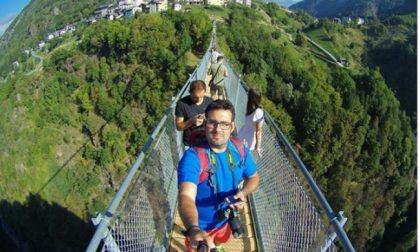 Il selfie è d'obbligo sul Ponte nel Cielo