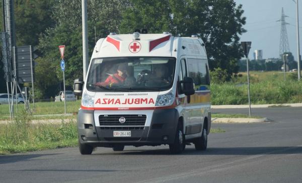 Infortunio in strada: anziano soccorso a Brugherio - Giornale di Monza