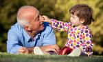 Oggi è la festa dei nonni: le frasi più belle da dedicare