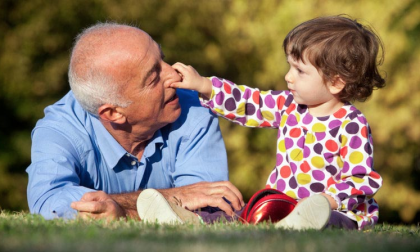 Auguri Festa dei nonni: le frasi da dedicare